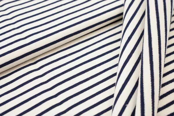 Traumbeere XXL Baumwoll-Sweat Marie Streifen Ringel schmal navy dunkelblau und off white