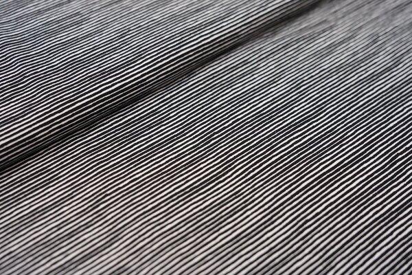 Baumwoll-Jersey unregelmäßige Mini Streifen Ringel schwarz / weiß