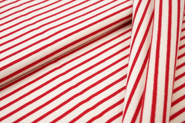 Traumbeere XXL Baumwoll-Sweat Marie Streifen Ringel schmal rot und off white