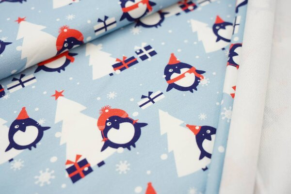 Baumwoll-Sweat Digitaldruck Pinguin Weihnachtsbaum Geschenke Schnee hellblau
