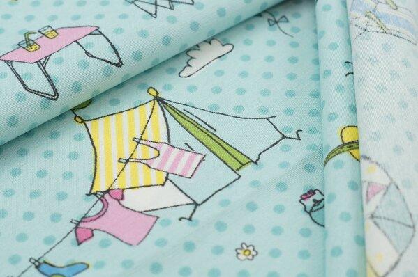 Canvas Dekostoff bedruckt mit Camping-Motiv grün gelb blau rosa auf eisblau mint