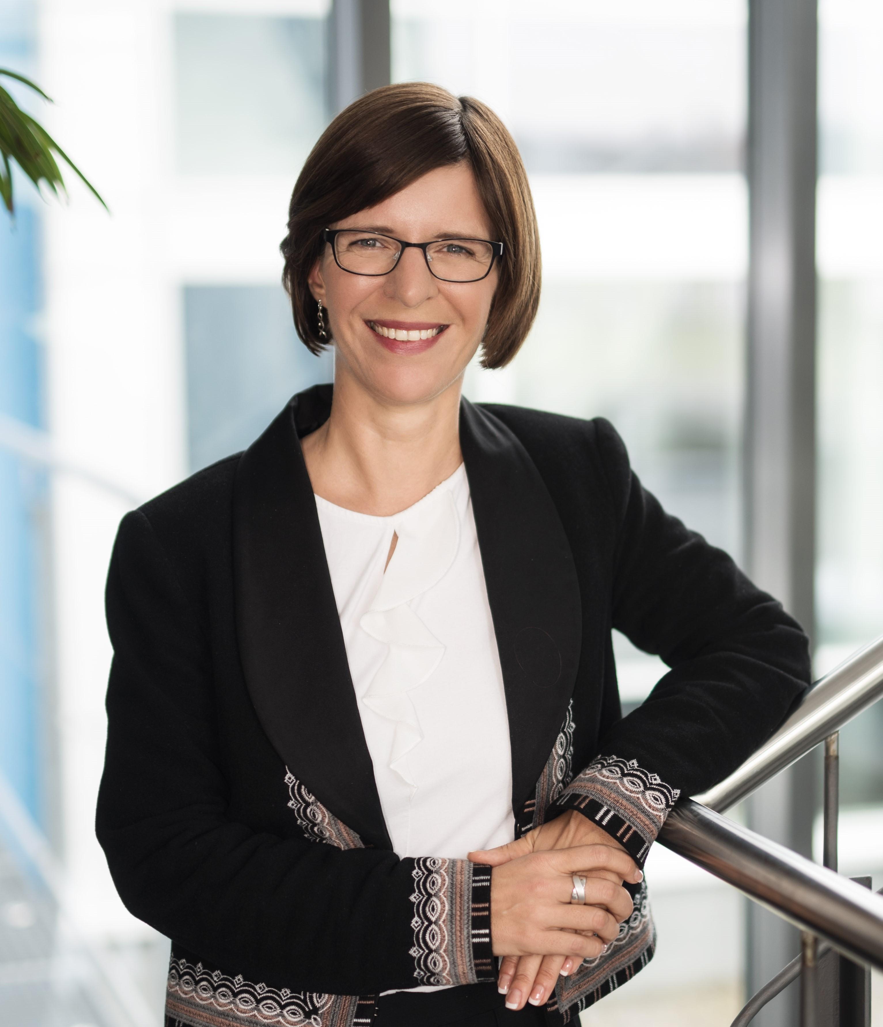 Katrin Taepke Traumbeere Fasching Expertin