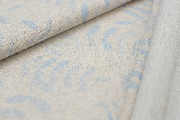Jacquard-Sweat Mia pastell hellblau melange Blätter auf pastell beige Melange