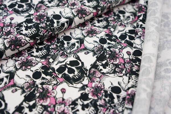 Kuscheliger Baumwoll-Sweat Totenköpfe und Blumen schwarz / weiß / hell pink rosa