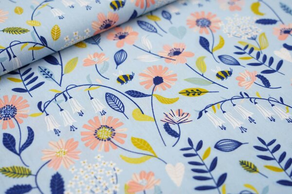Baumwollstoff Blumen und Blätter auf hellblau