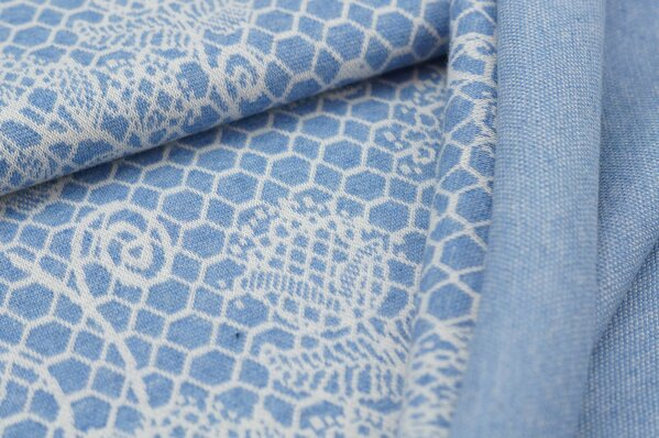 Jacquard-Sweat Mia off white Blumen Muster auf pastell jeansblau Melange