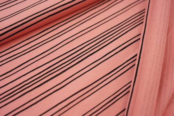 Kuscheliger Baumwoll-Sweat mit schmalen schwarzen Streifen Linien auf koralle