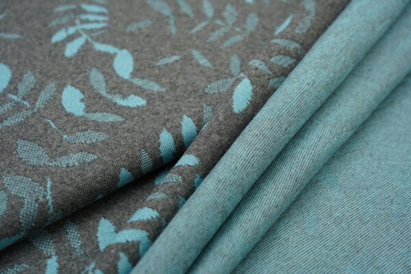 Jacquard-Jersey eisblaue Blätter Muster auf dunkelgrau