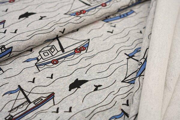 Baumwollsweat schwarz rot blaue Schiffe Boote Delphine im Meer auf grau meliert