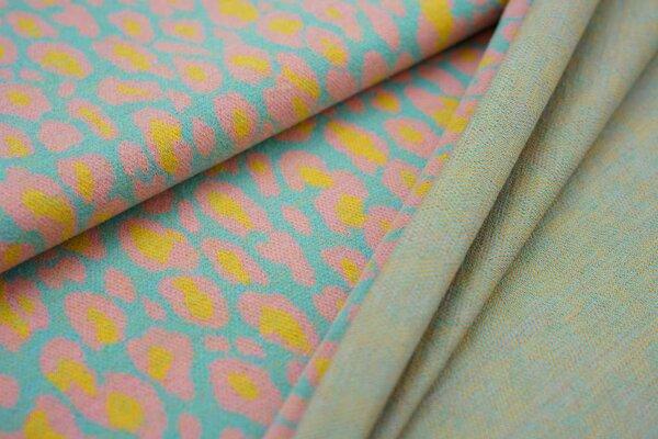 Kuschel Jacquard-Sweat Max Leoparden Design eisblau / koralle / senf