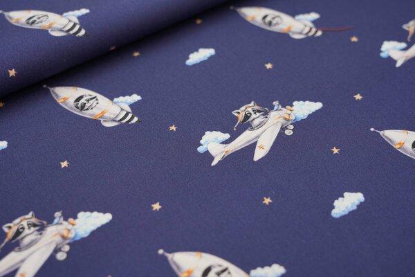 Baumwollstoff Waschbären im Weltall Rakete Flugzeug Wolken Sterne dunkelblau
